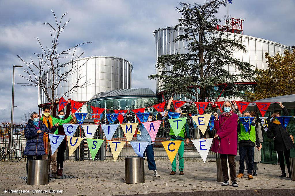 Schweizer Klimaklage nimmt erste Hürde am Europäischen Gerichtshof für Menschenrechte und wird prioritär behandelt