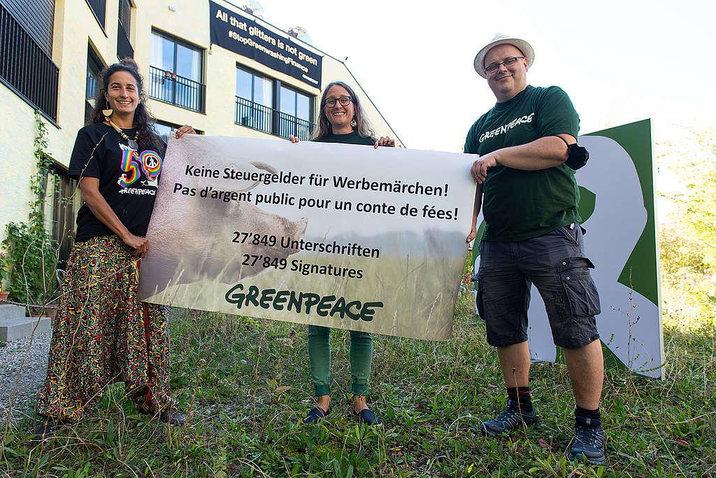 27'849 Personen wollen die Schweizer Landwirtschaft aus dem Märchen holen
